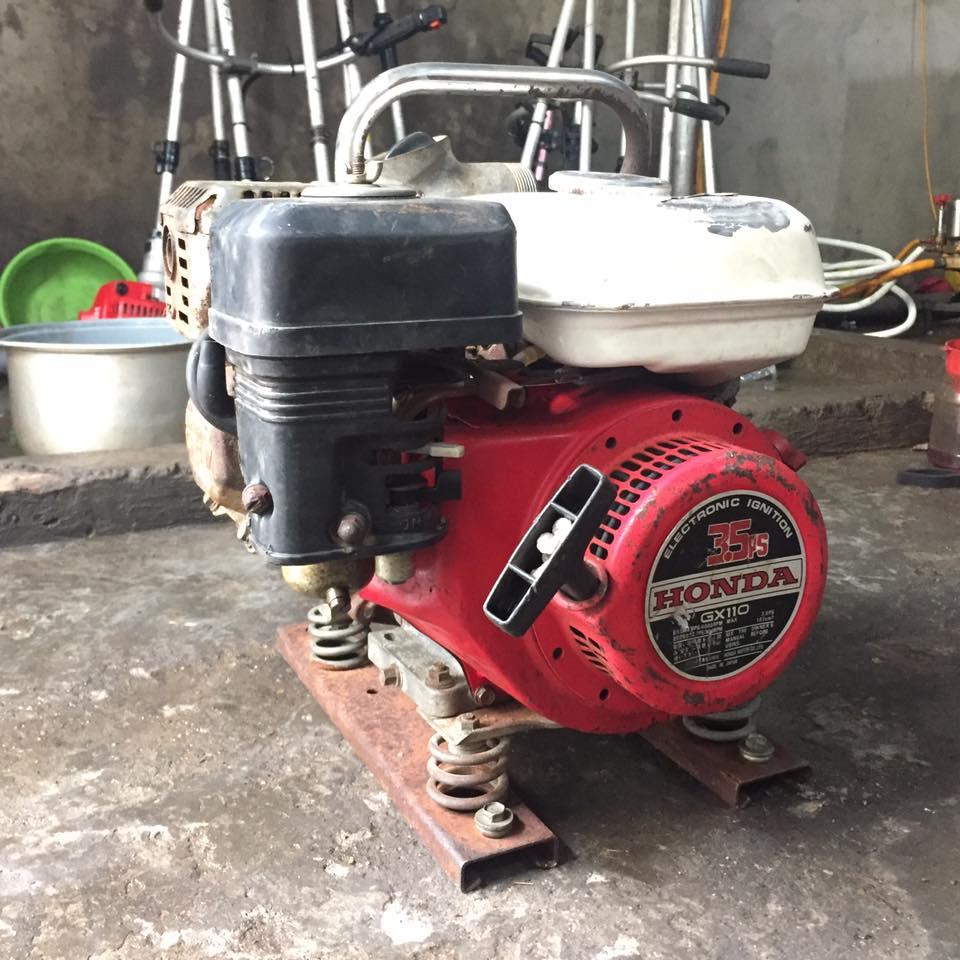 Máy bơm nước chạy xăng Honda GX110