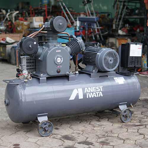 Máy nén khí Nhật bãi Iwata 10HP