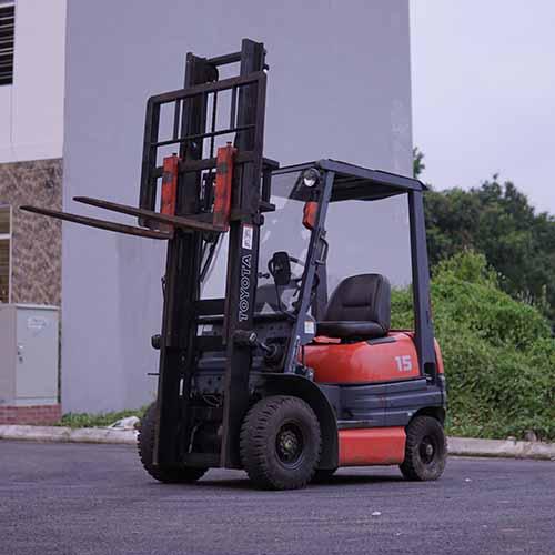 Xe nâng nhật bãi Toyota 1.5 tấn Diesel